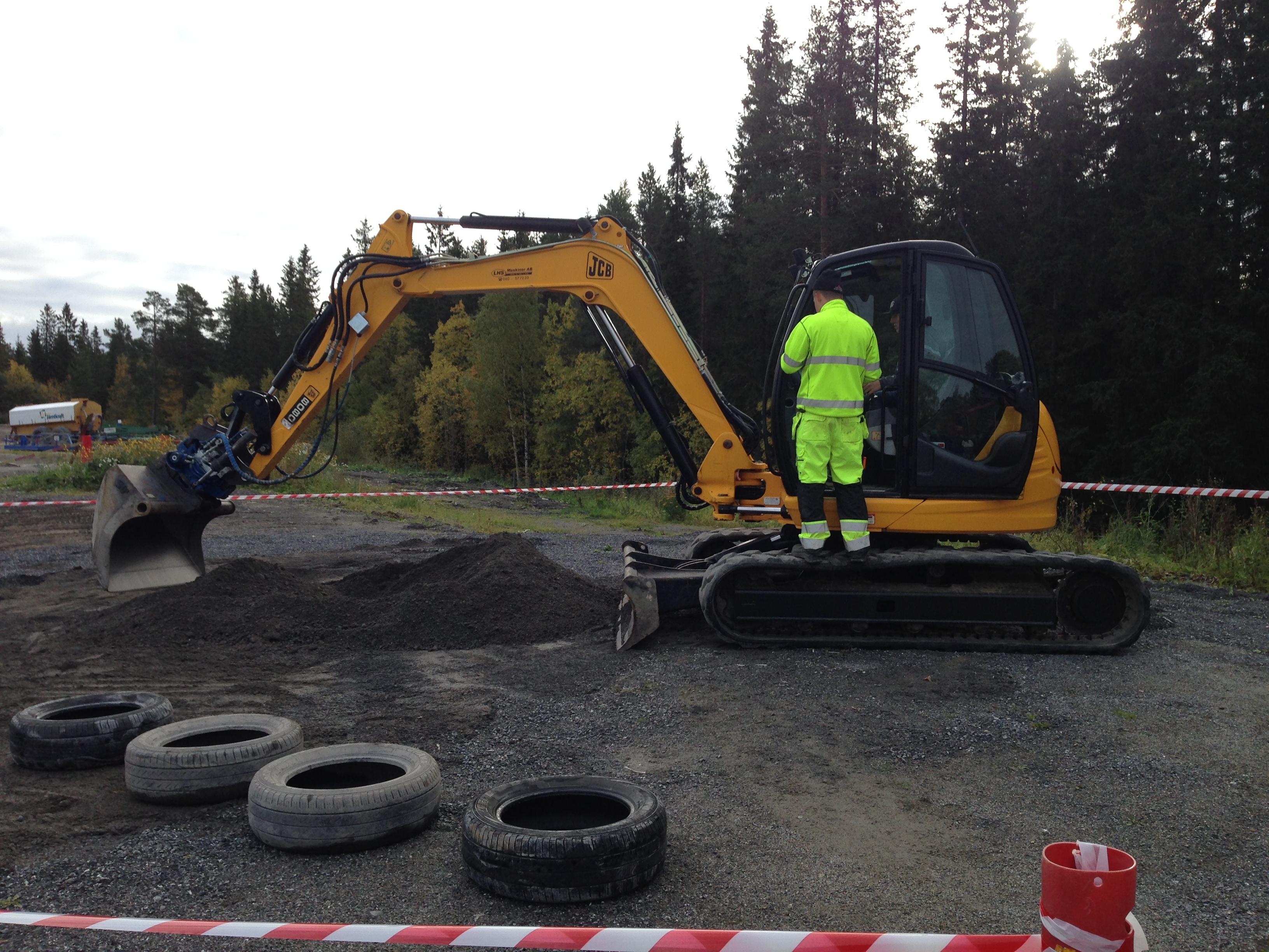 Grävmaskin från Bygg- och anläggningsprogrammet